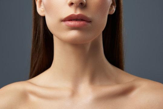 """你的""""颈报""""响起了吗?编辑推荐你最有效的去颈纹方法! - NEXT TREND"""